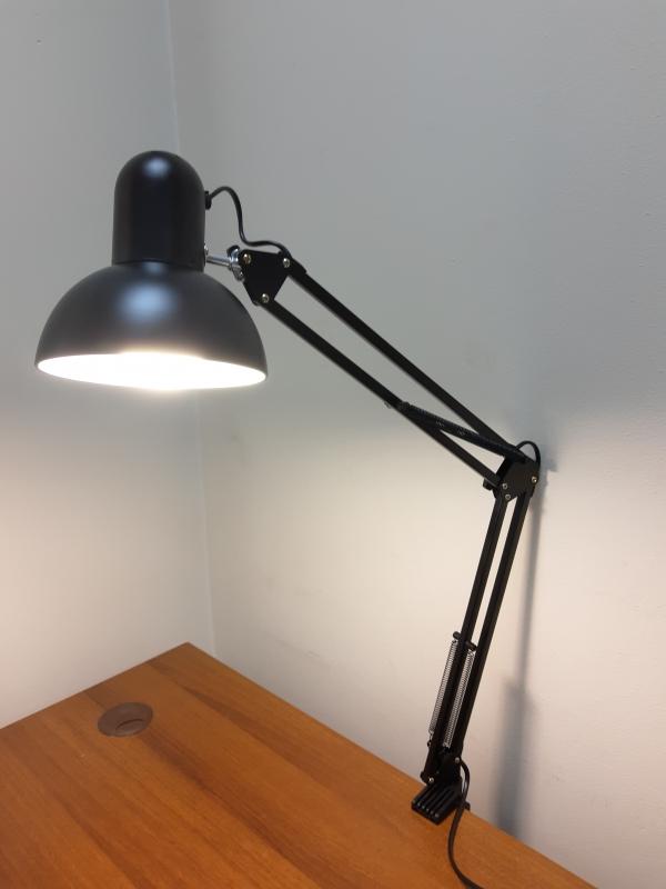 Настольная маникюрная лампа (черная)